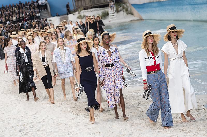 【直擊春夏巴黎時裝周】Chanel沙灘上的灑脫自在