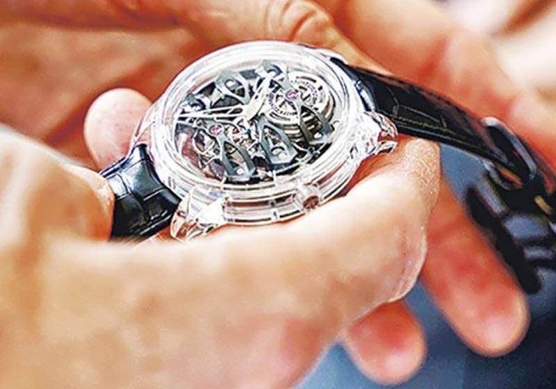 girard-perregaux,鐘表展,SIHH,腕表,藍寶石表,鑽石,Tung Cheung,