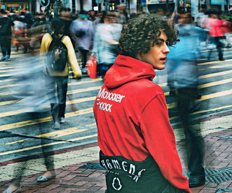 意大利Moncler Genius – 8個系列 2019年每月推出