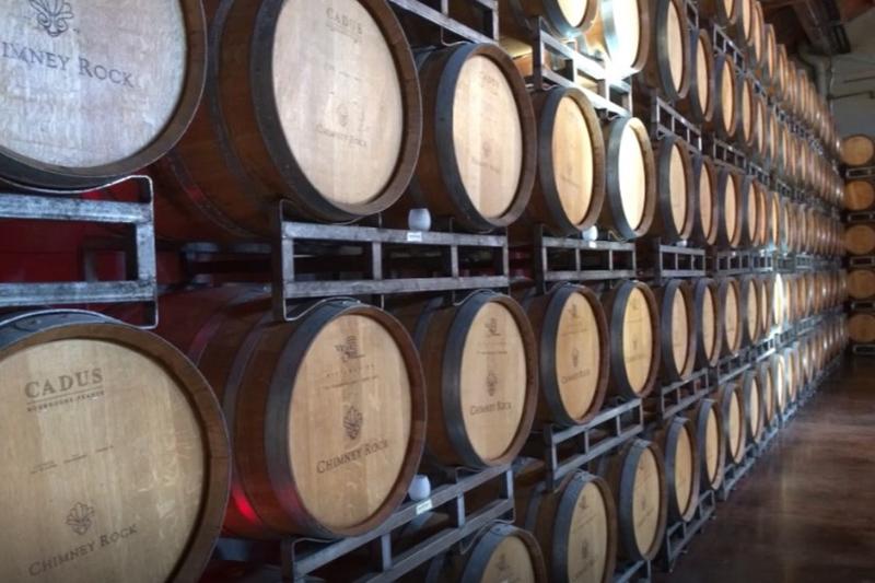 Stacey的葡萄酒世界:釀酒終章 佳釀送上餐桌前的最後三步-熟化、下膠、過濾裝瓶