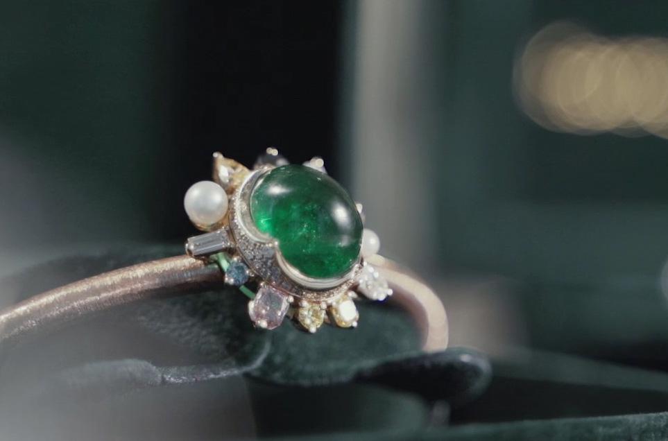 【Karen 珠寶飾説話】 花道、岩繪、珠寶設計 生活裏淡雅藝術